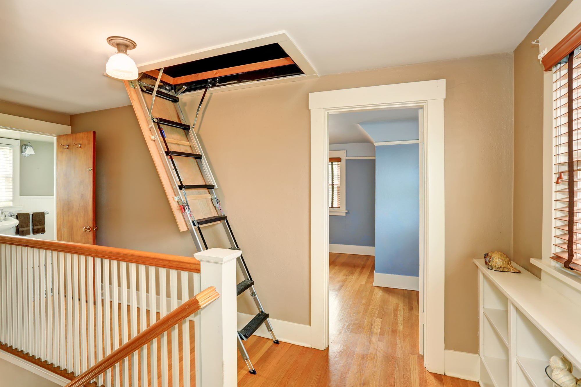 Manchester Homeowners - Do This And We'll Give You £100 Of Your Loft Ladder Installation