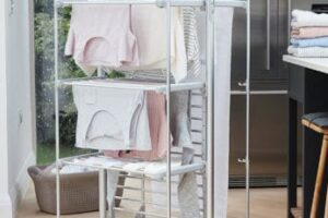 drying-out-the-laundry