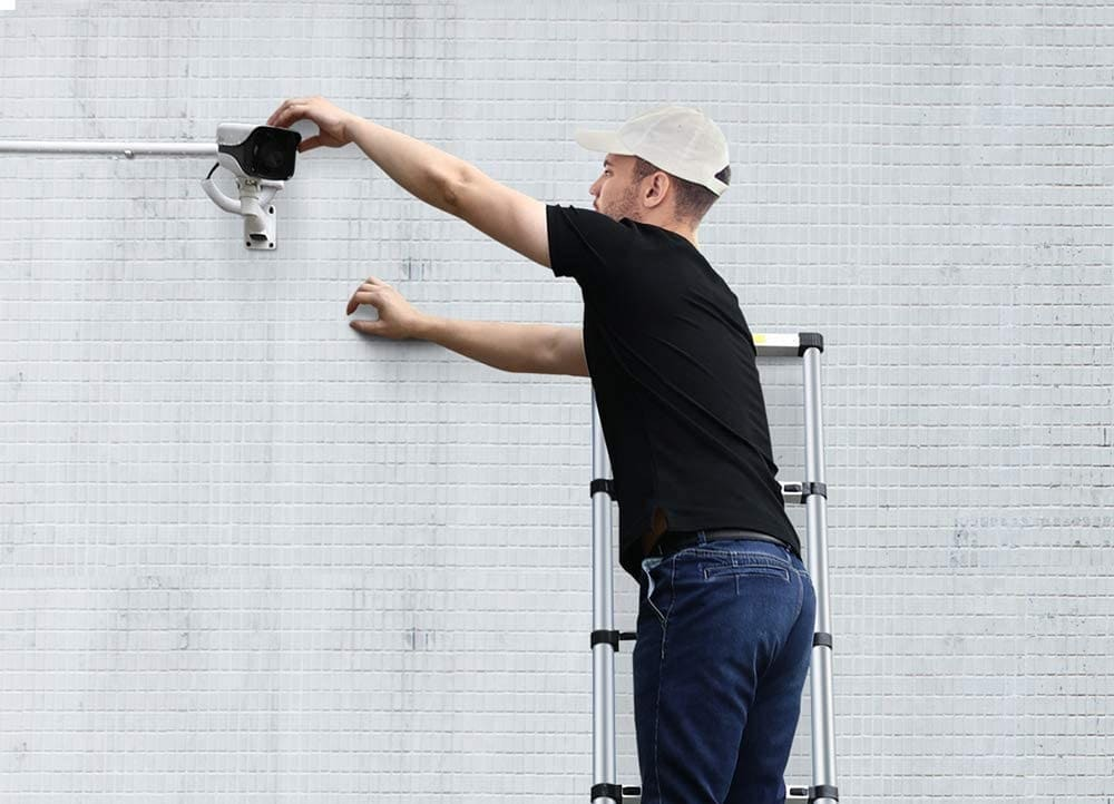 how-to-use-a-telescopic-ladder-2