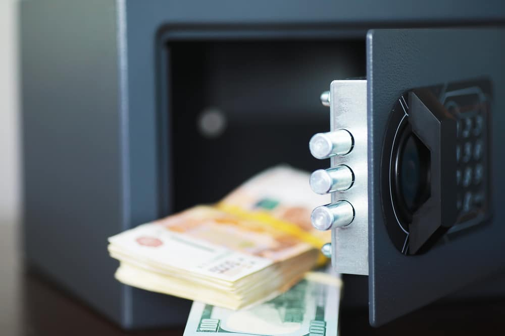 what to put in a home safe