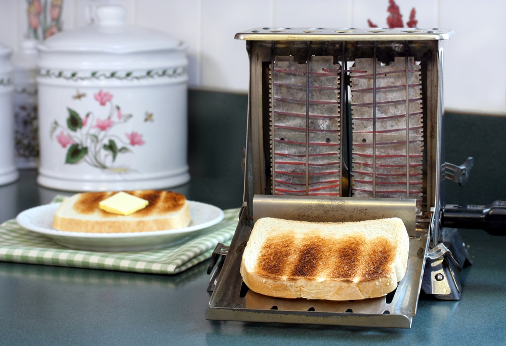 when was the toaster invented?