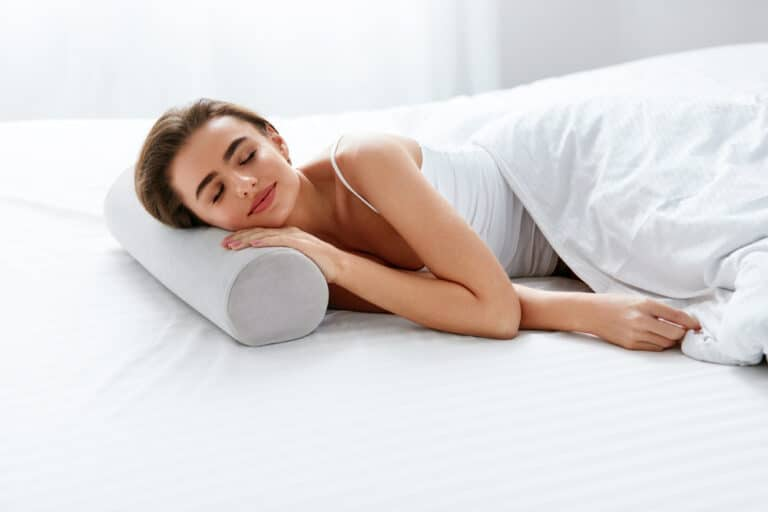 What Kind of Pillow Is Good for Neck Pain