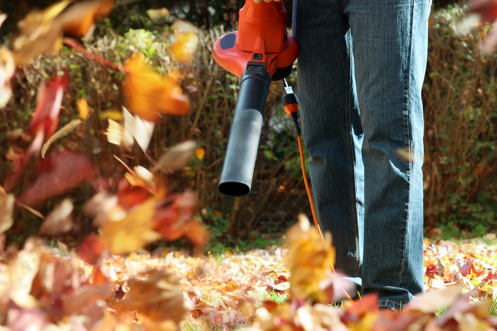 how to use a garden vacuum