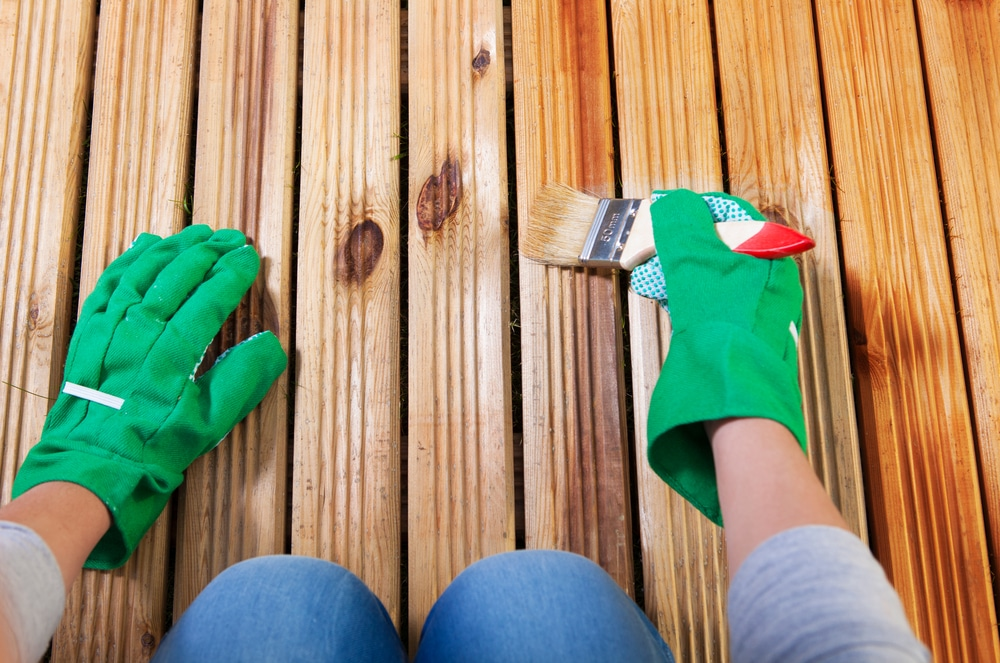 which is better decking oil or stain