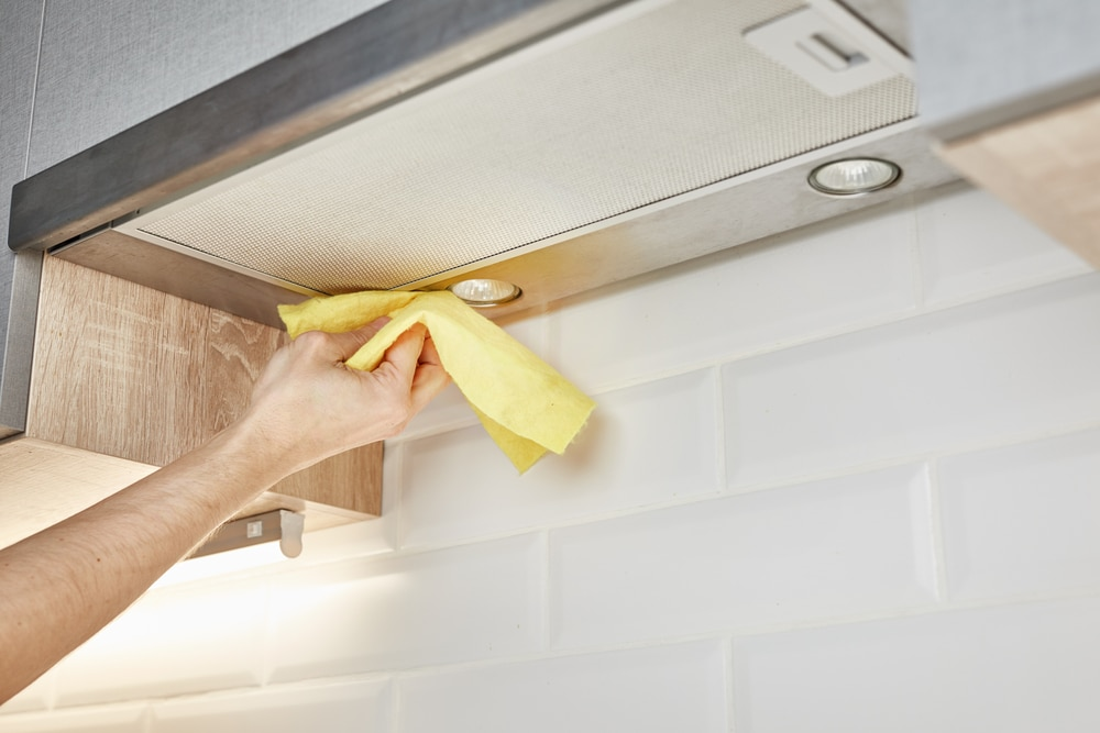 How to Clean Stainless Steel Cooker Hood