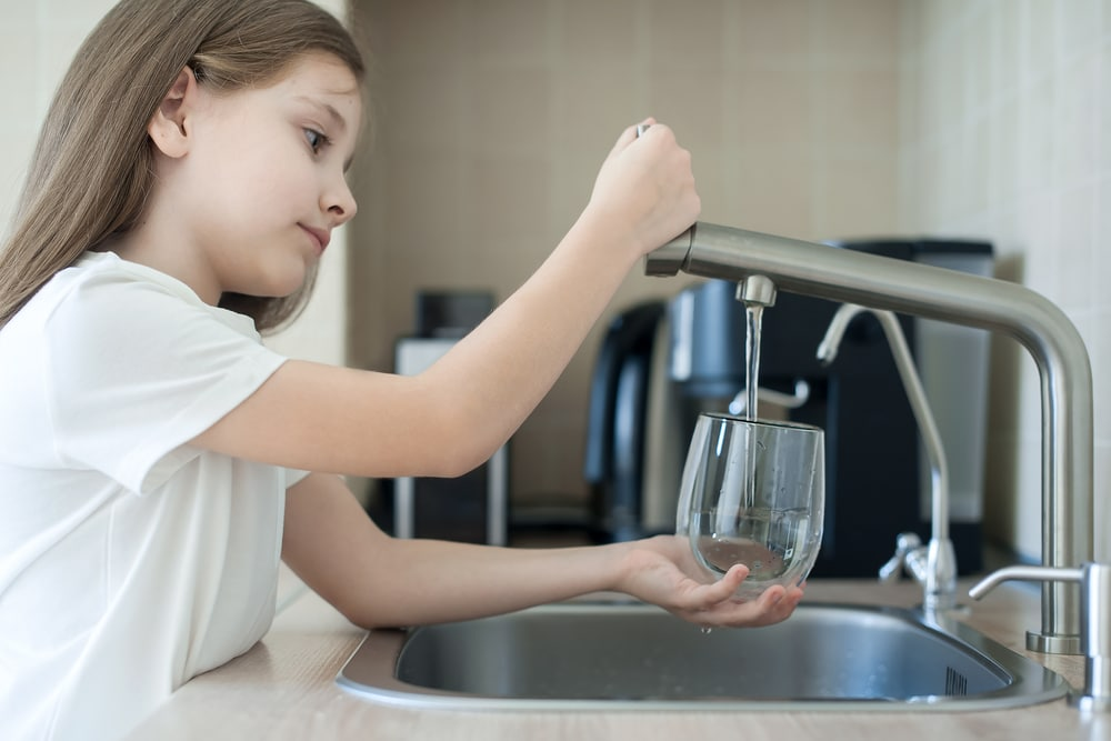 How to install an under sink water filter system