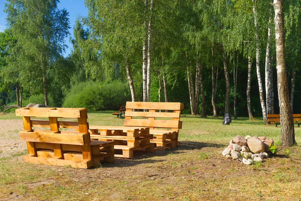 how to make a garden bench